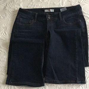 Ladies Levi's 526 Slender Boot Jeans
